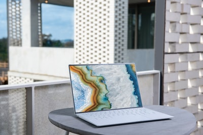 Microsoft says it will stop selling 15 inch MacBooks and MacBook Pro laptops in the U.S.